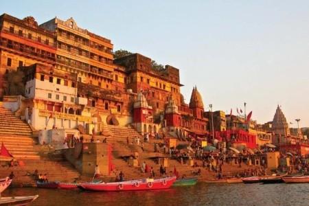 Dovolenka  - India - VÁRANASÍ A POSVÁTNÁ ŘEKA GANGA