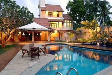 Dovolenka  - Srí Lanka - Hibiscus Beach Hotel