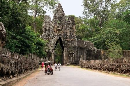 Dovolenka  - Ze Saigonu deltou Mekongu do Kambodže