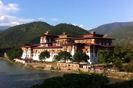 Nepál - Bhútán