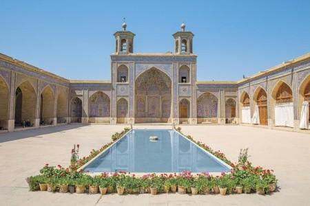 Dovolenka  - Irán - Tajuplná Persie