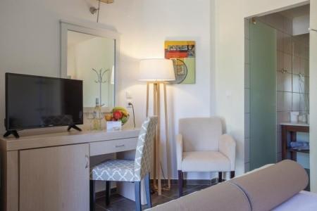 Skopelos Holidays Hotel And Spa