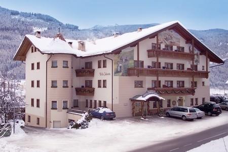 Hotel Villa Jolanda***