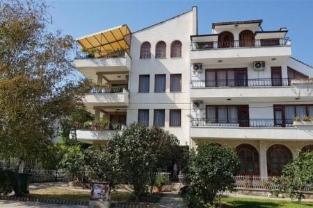 Dovolenka  - Bulharsko - Apartmány Lazarovi