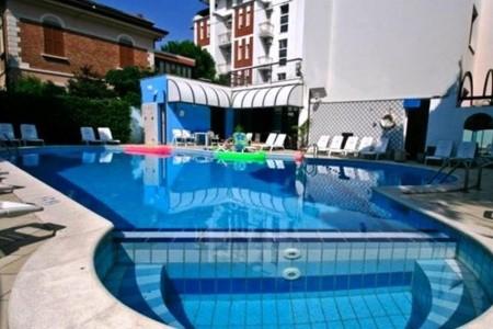 Hotel Brown*** - Rimini Marina Centro