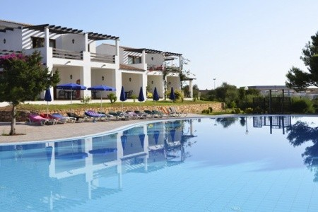 Hotel Palmasera Village