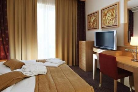 Slovinsko Slovinské kúpele Grand Hotel Primus - Sava Hotels & Resorts 6 dňový pobyt Raňajky Vlastná december 2020 ( 6/12/20-11/12/20)