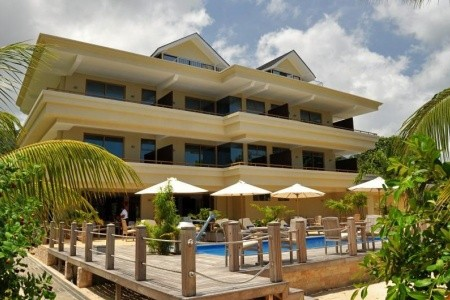 Dovolenka  - Seychely - Crown Beach Hotel