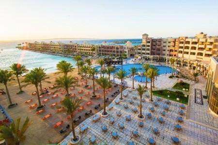 Egypt, Hurghada, Sunny Days El Palacio