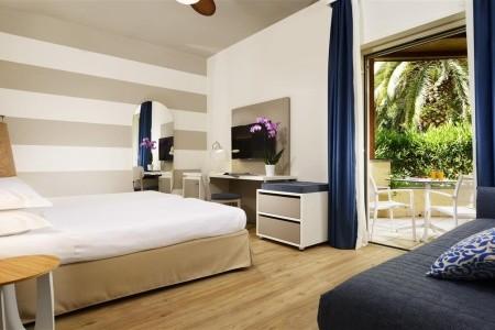 Taliansko Sicília Unahotels Hotel Naxos Beach 8 dňový pobyt Polpenzia Letecky Letisko: Bratislava september 2021 (12/09/21-19/09/21)