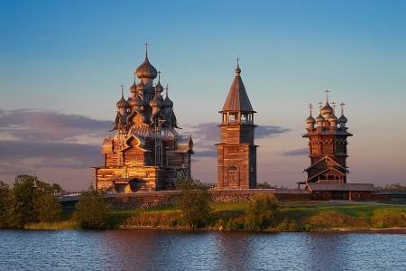 Dovolenka  - Rusko - To nejlepší z Petrohradu + KARÉLIE + OSTROV KIŽI (letecky z Prahy)