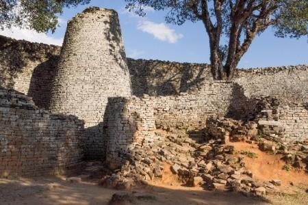 Dovolenka  - Zimbabwe - Zimbabwe - ve stopách Emila Holuba