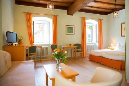 Gasthof Hotel Moserwirt – Bad Goisern