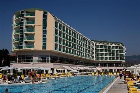 Hedef Beach Resort