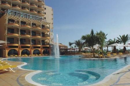 Bull Hotel Dorado Beach