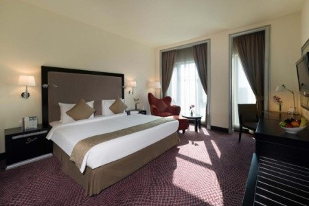 Spojené arabské emiráty Dubaj Mercure Gold Hotel Al Mina Road Dubai 8 dňový pobyt Polpenzia Letecky Letisko: Praha október 2019 (18/10/19-25/10/19)