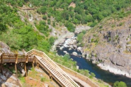 Za krásnou prírodou a steaky do Geoparku Arouca v Portugalsku