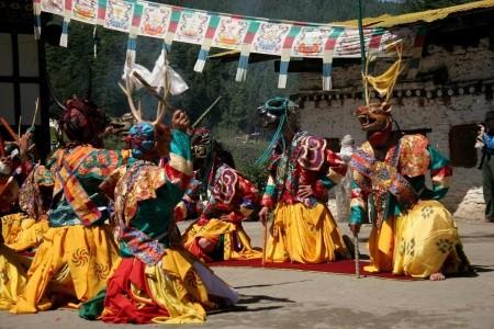 Nepál - Bhútán - Poslední Šangri-la a festival