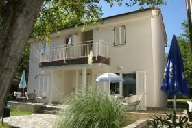 Villa Corinthia 4