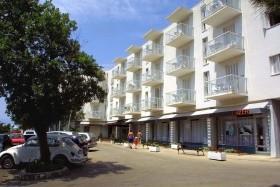 Adriatic Hotel **+