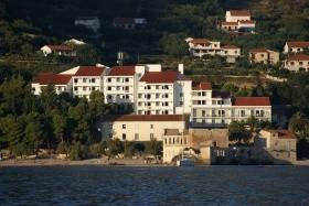 Biševo Hotel **+