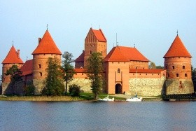 Pobaltí - poznávací zájezd do Litvy, Lotyšska a Estonska - čtyři evropská hlavní města, Kurská kosa a Hora křížů
