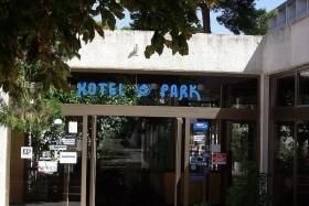 Park Hotel **