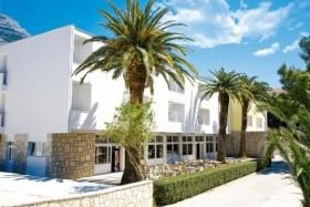 Hotel Palma A Vila Svaguśa