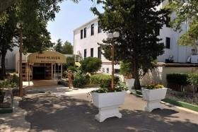 Slaven Hotel ***