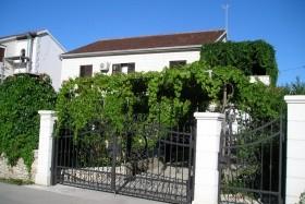 Ostrov Brač, Sutivan, Apartmány Blanka