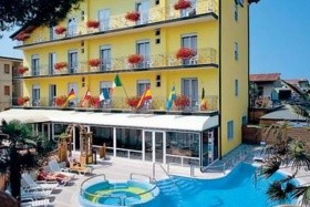 Lido Di Jesolo - Hotel Eddy*** S Bazénem, 7/3 Noci