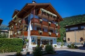 Hotel Villa Lucin Pig- Pinzolo