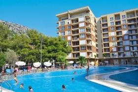 Hotel Rafaelo Resort 4+*