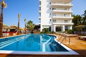 Hotel Rinia