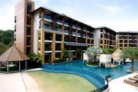 Rawai Palm Beach Beach Resort