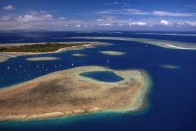 Austrália a relax na exotickej pláži na Fiji
