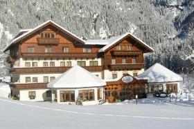 Flattach, Alpenhotel Badmeister*** - Zima