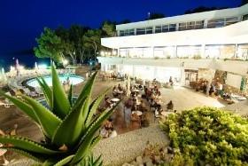 Fontana Resort (A) - Jelsa