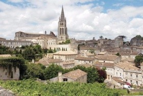 Bordeaux - letecký víkend s výletem do Saint Émilion