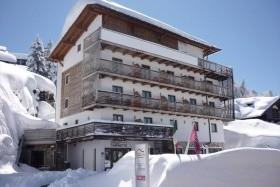 Hotel Caminetto V Monte Bondone - U Lanovky