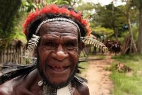 Bali - Nová Guinea - Biak - Papaido - Střídenním trekem nalehko
