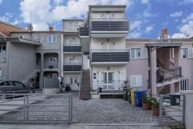 Apartments Cvek2