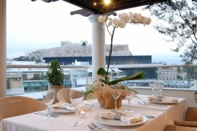 Hera Hotel