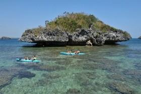 Filipíny po chatrčích s domorodci a šamany
