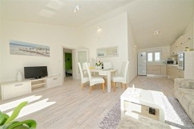 Apartment Hennion / Two Bedrooms A1