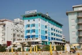 Hotel Capitol S Bazénem Pig- Lido Di Jesolo