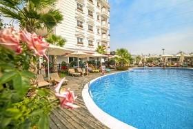 Hotel Flower & Spa
