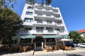 Hotel Levteri