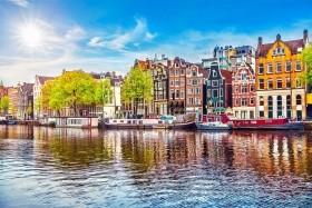 Do Holandska za dřeváky a sýrem