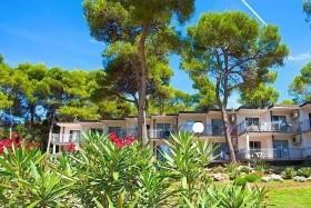 Verudela Beach-Villa Resort